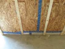 Floor_to_wall_junction__airtightness_measures_visible1.jpg