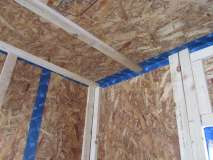 Roof_to_wall_junction__airtightness_measures_visible1.jpg
